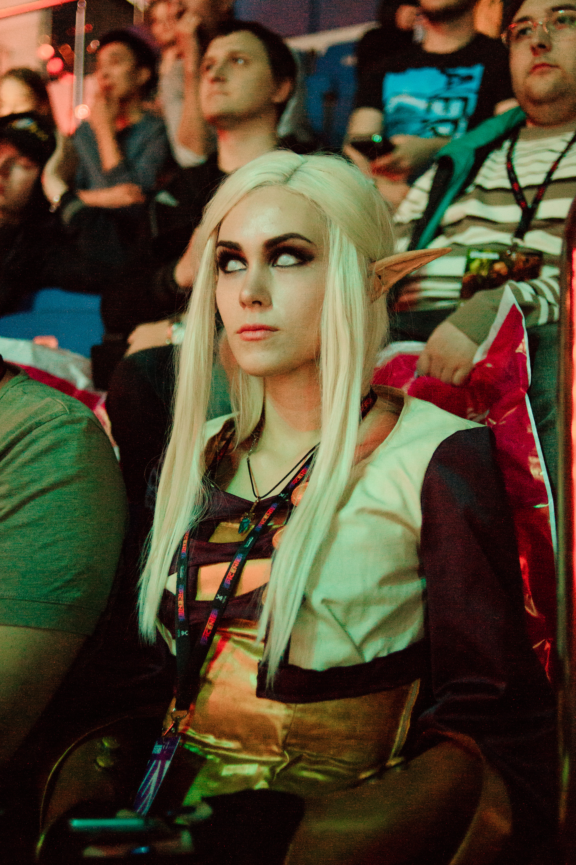 invoker cosplay from crowd could not find her name dota2